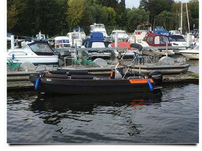 bootsfahrschule-berlin-Ausbildungsboot-Silverfish-550